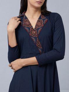 Punjabi Suit Neck Designs, Neck Designs For Suits, Neckline Designs, Sleeves Designs For Dresses, Dress Neck Designs, Stylish Dress Designs, Stylish Dresses, Silk Kurti Designs, Churidar Designs