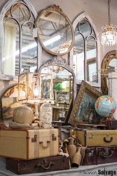 Where in the World 17 Vintage Display, Antique Store Displays, Flea Market Displays, Shop Window Displays, Antique Stores, Vintage Decor, Retail Displays, Flea Market Finds, Merchandising Displays