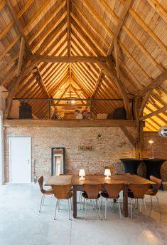Old Farmhouse par Van Staeyen Interieur – Farmhouse furniture