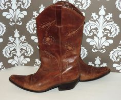Matisse 8.5 Womens Brown Filigree Flower Brown Leather Cowboy Boots Vintage on Etsy, $47.00