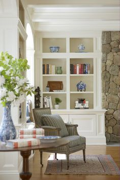 Family Room Built Ins Design, Pictures, Remodel, Decor and Ideas - page 13