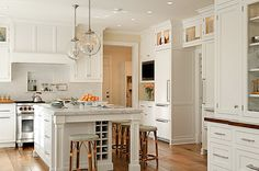 50  Beautiful White Kitchen Interior Designs for Inspiration, http://hative.com/beautiful-white-kitchen-interior-designs-for-inspiration/,