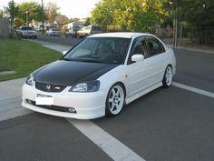 2001 - 2005 Honda Civic pics, post 'em `ere