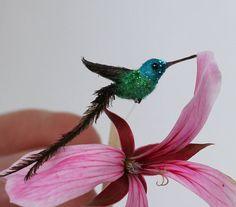 Dollhouse Miniature Hummingbird 1/12 Scale by LandsofMiniatures