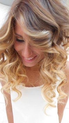 Spotted...in salone! C'è biondo e biondo...e poi c'è il Degradé Joelle! #cdj #degradejoelle #tagliopuntearia #degradé #dettaglidistile #welovecdj #beautifulhair #naturalshades #hair #hairstyle #hairstyles #haircolour #haircut #fashion #longhair #style #hairfashion