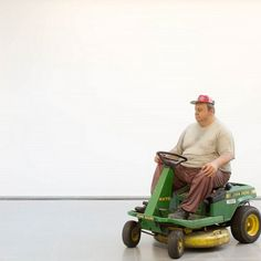 The late and very great Duane Hanson has a retrospective at Serpentine in London all this Summer.   https://instagram.com/p/3fAvzLv76C/?taken-by=juxtapozmag