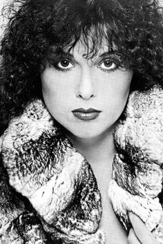 Heart, Ann Wilson   LOVE her voice one of the BEST