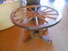 Moveis Rústicos Sítio Dos Ipês: Mesa de roda de carroça