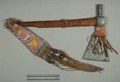 Pipe Tomahawk, Sioux. ДА1. Collection Victor J. Evans. NMNH.