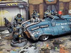 Warhammer 40k Figures, Warhammer Paint, Warhammer Models, Warhammer 40k Miniatures, Warhammer 40000, Warhammer Fantasy, Imperial City, 40k Imperial Guard, Necromunda Gangs