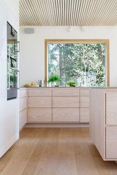 oslo Elegant customized kitchen in ash veneer / ⠀ ⠀ ⠀ ⠀ __________________ Family Kitchen, Living Room Kitchen, Professional Kitchen, Bespoke Kitchens, Storage Design, Minimalist Interior, Decorating Your Home, Home Kitchens, Countertops