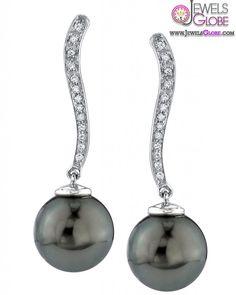Tahitian pearl and diamond drop earrings Tahitian Pearl Earrings, Black Pearl Earrings, Tahitian Black Pearls, Diamond Drop Earrings, Pearl Diamond, Stone Jewelry, Pearl Jewelry, Gold Jewelry, Jewellery