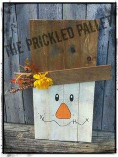 Pallet Scarecrow Decor by ThePrickledPallet on Etsy. I bet Lorna could make a cuter version of this...maybe two sided with a fall pumpkin or scarecrow on the back?