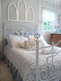 кровать с подзорами фото