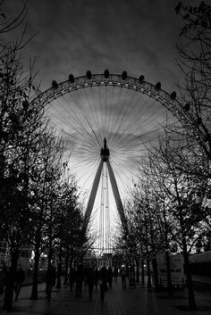 London Eye #london #mustsee #accorcityguide The nearest Accor hotel : Novotel London Waterloo