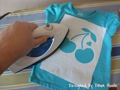 Using Freezer Paper Stencils and Appliques on T-Shirts, Part 1