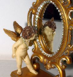 This is a great figural dresser mirror. Adorable face, very cute- Very detailed ~ Winged Angel C. Vintage Mirrors, Dresser With Mirror, Vintage Love, Cherub, Victorian Fashion, Vanity, Jewels, Antiques, Frame