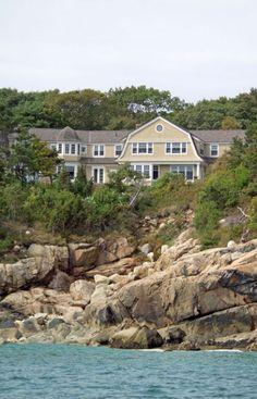 Cliffside Residence | OLSON LEWIS + Love the rocky coast.