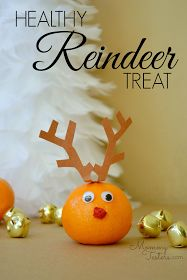 Make the holidays a little healthier with this cute reindeer orange treat. #snackideas #reindeer #healthysnacks