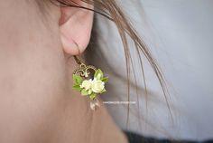 Jewelry  Earrings  swarovski earrings  handmade earrings  earrings for gift  fimo earrings  clay earrings  bronze earrings roses earrings  fimo rose  rose earrings  rose jewelry  yellow roses  gold swarovski