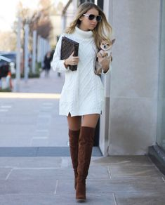 These are some adorable winter outfits to copy, these outfits are really cool and will always keep you warm. If you haven't tried one of these winter outfits then you really need to try out one today. Black Girl Fashion, Look Fashion, Womens Fashion, Fashion Trends, 70s Fashion, Knit Fashion, Dress Fashion, Vintage Fashion, Fashion Check
