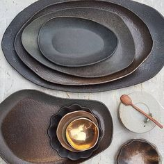 Yesterday unloaded my last kiln for this year. Ceramic Tableware, Glass Ceramic, Ceramic Clay, Ceramic Bowls, Slab Pottery, Pottery Plates, Ceramic Pottery, Pottery Art, Ceramic Techniques