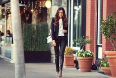 Chic of the Week: Erica's City Girl Style (Lauren Conrad) Girl Fashion, Fashion Looks, City Girl, Girls Be Like, Fashion Stylist, Street Style Women, Stylish Outfits, Style Icons, My Style
