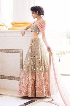 ISABELLA : Canyon Clay Drape Sleeves with Jaal embroidery Blouse and Lehenga – Yoshita Handwork Burano Zardozi Indian Gowns Dresses, Indian Fashion Dresses, Dress Indian Style, Indian Designer Outfits, Indian Outfits Modern, Bridal Dresses, Indian Bridal Outfits, Indian Bridal Fashion, Lehnga Dress