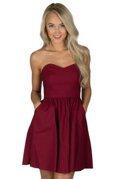 Crimson dress complements Red and Jeb's combined magic Preppy Prom, Preppy Dresses, Cute Casual Dresses, Grad Dresses, Short Dresses, Bridesmaid Dresses, Crimson Dress, Preppy Style, Spring Dresses