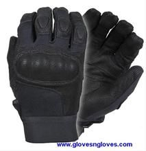 Kevlar Tactical Gloves with Carbon Tek Knuckles    The ultimate glove for Law Enforcement - On the back of the hands is Kevlar which Flame and flash retardant as well as cut protective, Digital print premium quality aniline finished cowhide palms and trim areas finished off with a hard knuckle to pr ...