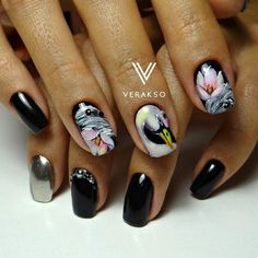 Bird nail art, Bright fall nails, Drawings on nails, Evening nails, Mirror nails, Nails ideas 2017, Nails with artistic painting, Nails with stones