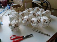 Arts And Crafts, Diy Crafts, Pumpkin Crafts, Pine Cones, Weaving, Hampers, Knots, Recycling, Appliques