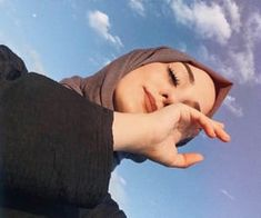 girl, حجاب, and hijab image Modern Hijab Fashion, Street Hijab Fashion, Hijab Fashion Inspiration, Muslim Fashion, Arab Girls Hijab, Muslim Girls, Hijabi Girl, Girl Hijab, Portrait Fotografie Inspiration