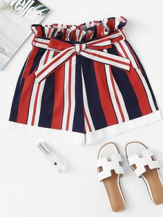 Shop Frill Trim Self Tie Waist Striped Shorts at ROMWE, discover more fashion styles online. Short Outfits, Trendy Outfits, Fall Outfits, Summer Outfits, Cute Outfits, Look Fashion, Teen Fashion, Fashion Outfits, Cute Shorts