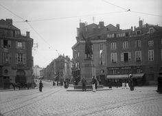 La Place Denis Dussoubs, vers 1910. photo Jean Baptiste Boudeau. Bfm Limoges.