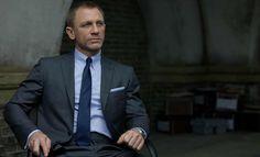 Bond's Tom Ford tab collar shirt.