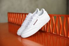 Sneakers femme - Reebok Club C 85 - Reebok x Naked Summer 2016
