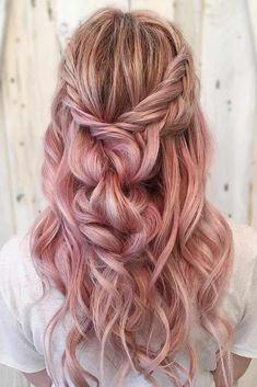 This would be so pretty on me if it was brown on top instead of blonde. Like a nice medium brown, not too light and not too dark.