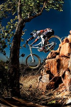 Hayden brown downhill mountain biking by Ben Bergh Cannondale Mountain Bikes, Mtb Bike, Bike Trails, Bicycle, Cycling Shoes, Cycling Outfit, Best Mountain Bikes, Mountain Biking, Military Love
