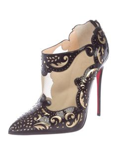 Get the must-have boots of this season! These Christian Louboutin Black/Gold Mandolina Laser Cut Mesh Boots/Booties Size US 10 Regular (M, B) are a top 10 member favorite on Tradesy. Pretty Shoes, Beautiful Shoes, Cute Shoes, Me Too Shoes, Bootie Boots, Shoe Boots, Women's Shoes, Heeled Boots, Red Bottom Shoes