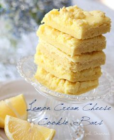 Cream Cheese Cookie Bars Lemon Cream Cheese Cookie Bars - one of our family's favorite desserts!Lemon Cream Cheese Cookie Bars - one of our family's favorite desserts! Lemon Desserts, Lemon Recipes, Köstliche Desserts, Sweet Recipes, Delicious Desserts, Dessert Recipes, Yummy Food, Strawberry Desserts, Bar Recipes
