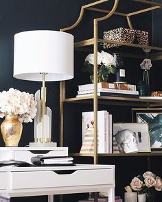 Easy Home Decorating Ideas for your home with color, furniture and accessories. Home decor tips to design your living room, bedroom, bathroom Home Office Design, Home Office Decor, House Design, Office Ideas, My Living Room, Living Room Decor, Bedroom Decor, Master Bedroom, Barn Living