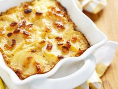 Try this filling creamy garlic and cheese potato recipe as a side dish or snack - you won't be disappointed! http://irsh.us/1uYS9zt
