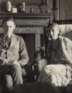 Deux légendes de l'écriture/ Two writing legends - T.S. #Eliot et Virginia #Woolf. #literature #legends