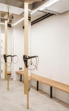 Let's Ride Lafayette Indoor Cycling Studio by DAS-studio — urdesignmag Yoga Studio Design, Spa Design, Interior Design Studio, Design Interiors, Food Design, Cabinet Medical, Gym Interior, Gym Lockers, Gym Room