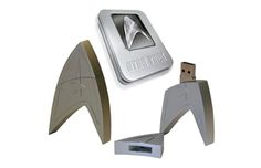 By Andrew Liszewski I'll spare you my thoughts on the new Star Trek film, given . Read more Get The New Star Trek Movie On A Limited Edition Flash Drive New Star Trek Movie, Star Trek V, Star Trek Movies, Chuck Norris, Geek Gadgets, Cool Gadgets, Usb Drive, Usb Flash Drive, Cool Tech