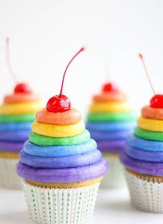 Roy G Biv Rainbow Cupcakes