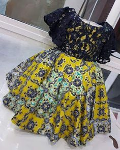 ebonyisblack: Baby girls outfit Fashion and style African Dresses For Kids, African Wear Dresses, Latest African Fashion Dresses, Dresses Kids Girl, African Print Fashion, African Attire, Girl Outfits, Girls Dresses Sewing, African Lace Styles