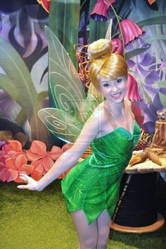 Tink's Smile by BellesAngel on DeviantArt Tinkerbell And Friends, Tinkerbell Disney, Disney Fairies, Disney Magic, Cute Cosplay, Cosplay Girls, Cosplay Costumes, Halloween Costumes, Disney Face Characters