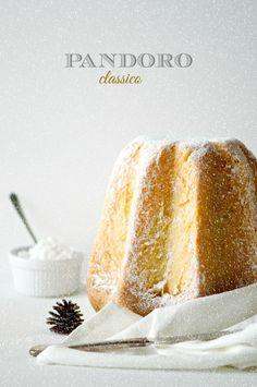protein mug cake Italian Bakery, Italian Desserts, Just Desserts, Dessert Recipes, Protein Mug Cakes, Deli Food, Bread Cake, Lemon Recipes, Sweet Bread